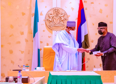 President Buhari receives first made-in-Nigeria cell phone