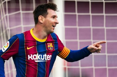 A Barca Fan Has Died After Hearing Messi Is Leaving Barcelona ( Check Photos )