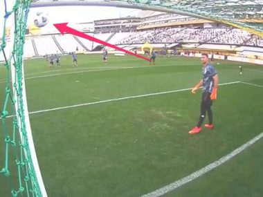 Messi hit a free kick so good during warmups his goalkeeper was left flat